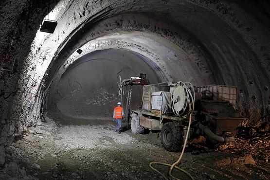 Kop Tüneli'nin yüzde 46'sı tamamlandı